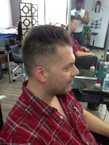 Coupe pour homme - Élève en coiffure RJOCoiffure.com