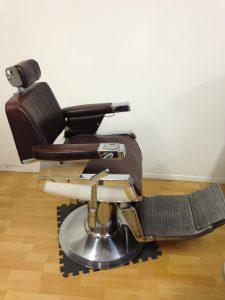 Chaise de barbier Belmont année 70 modèle no. 902