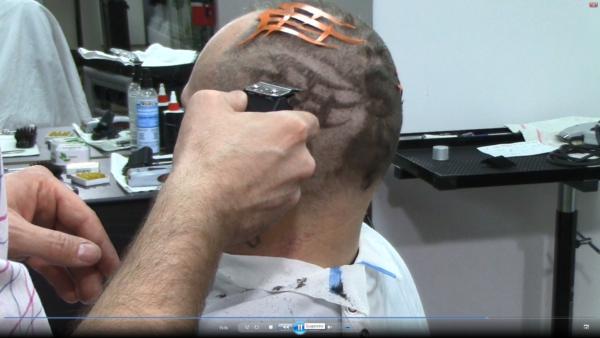 Photo du vidéo: tattoo capillaire